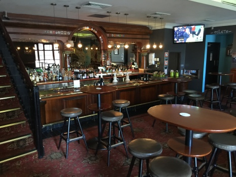100c-pub-downstairs-bar-img_4710