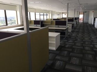 100c-workstations-left-img_4663